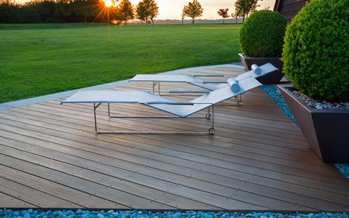 contemporary outdoor decking design
