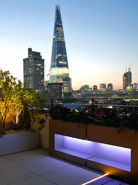 Modern roof terrace planters bespoke designs mylandscapes for Roof terrace definition