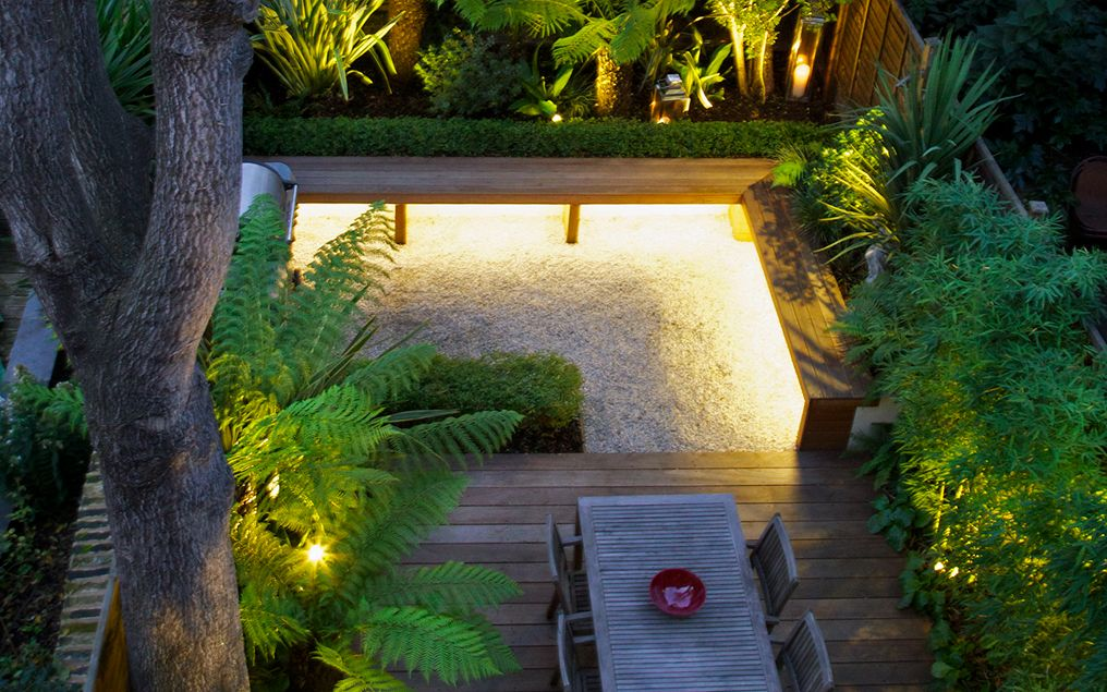 Modern back garden South London town garden design ... on Modern Back Garden Ideas id=37081