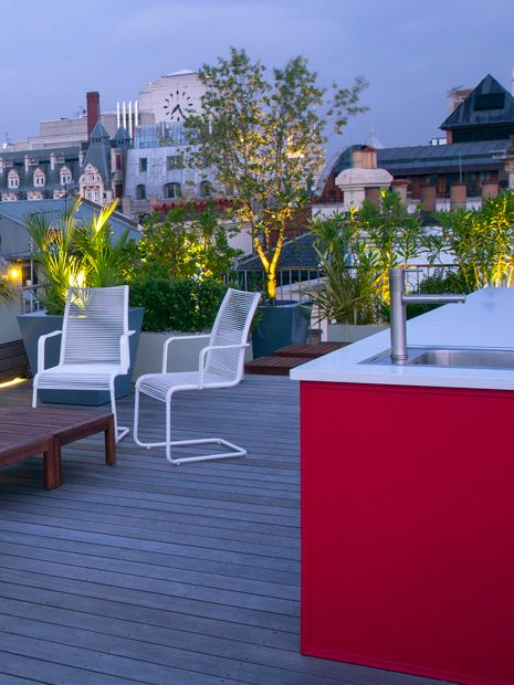 Roof terrace lifestyle rooftop living design style and for Roof terrace definition