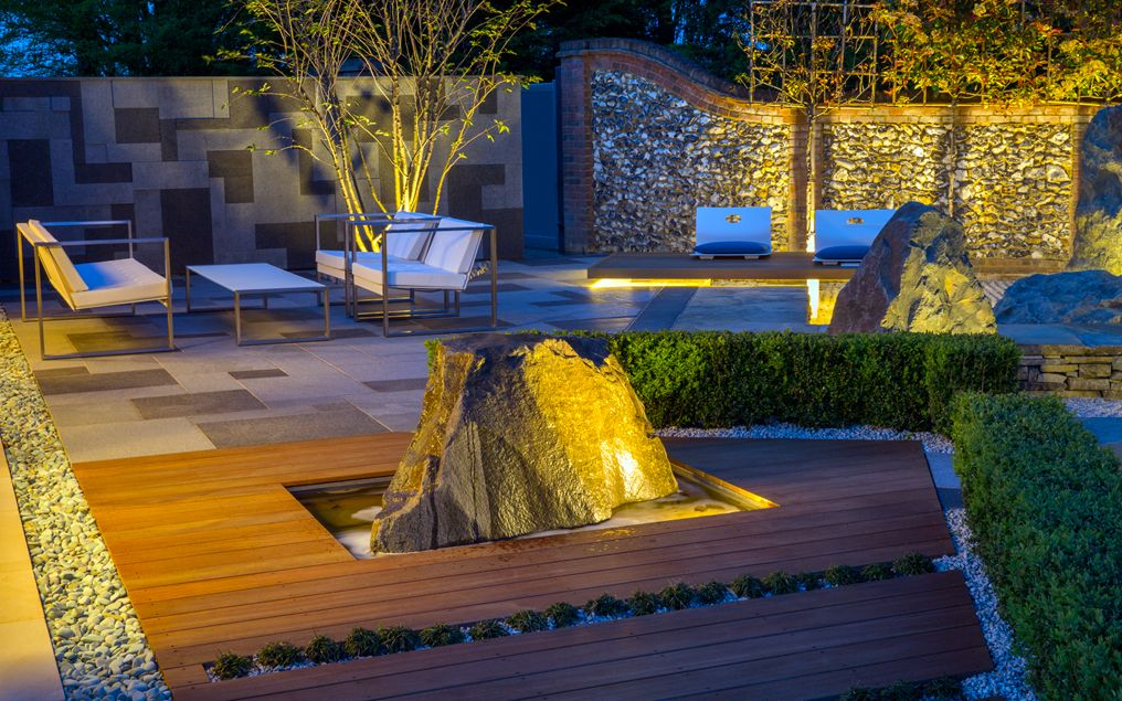 Landscape garden design mylandscapes large contemporary for Landscaping large gardens
