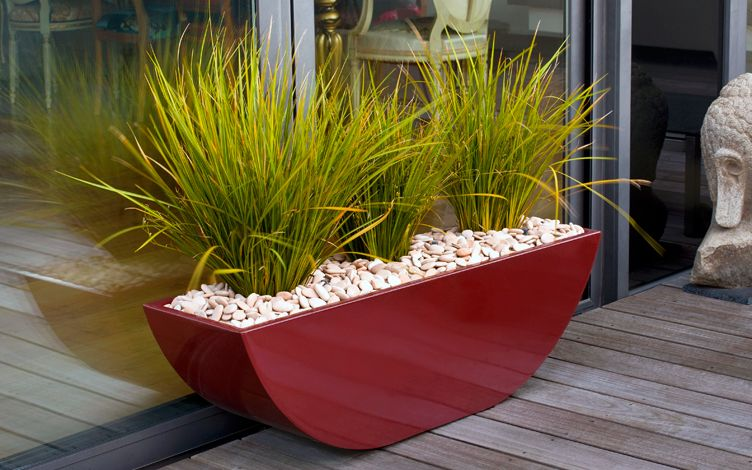 modern roof terrace vases