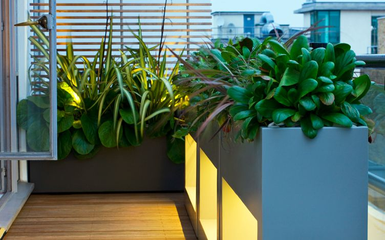 bespoke planters modern outdoor space
