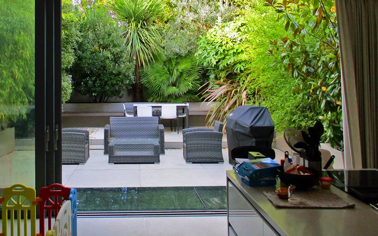 contemporary large london back garden design project