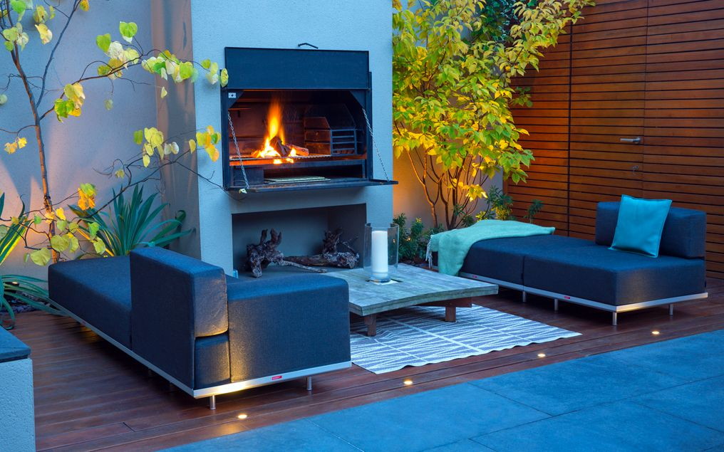 contemporary outdoor fire garden design london